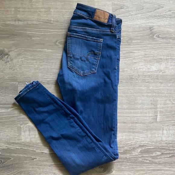 Size 4 super stretch American Eagle Jeans